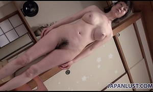 Hot body Japanese cougar desires sexual sympathy coupled with creampie
