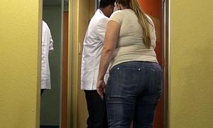 Chunky Posterior Wife Satisfies Inn Tracker