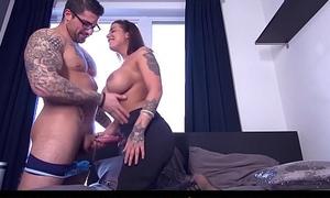 CASTING FRANCAIS - Cute curvy second-rate Heidi Van Horny first hardcore porn
