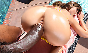 Riley Reid & Charlie Mac upon Riley Squirts on a Monster Cock - MonstersofCock