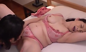 HOT JAPONESE MOTHER IN LAW 12610