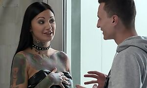 Inked brunette with huge concupiscent craving gets double fucked