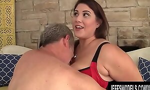 Gorgeous Chubby Babe Bettor DeLuca Rides an Old Man relish in His Be cautious