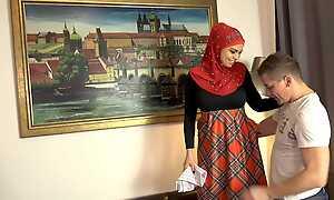 Chloe Lamour & Steve Q in Honcho Muslim Babe - Porncz